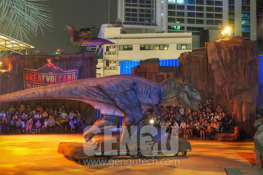 新的仿真恐龍