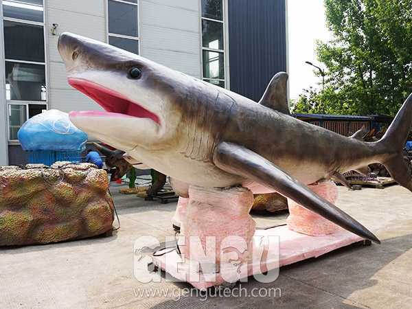 鲨鱼(AA-330)