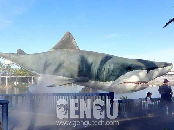 大白鯊(AA-463)